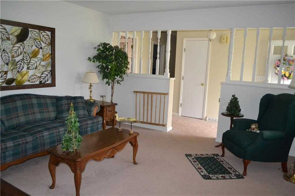 7927 Windhill Drive, Indianapolis, IN - USA (photo 5)
