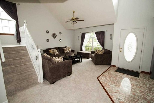 4225 Crooked Meadows Court, Indianapolis, IN - USA (photo 5)