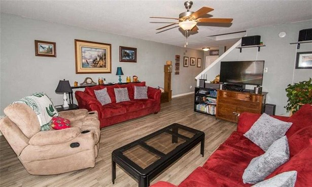 10872 Grace Drive, Ingalls, IN - USA (photo 5)