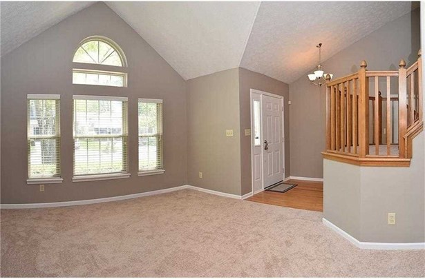 6456 Hunters Green Court, Indianapolis, IN - USA (photo 3)