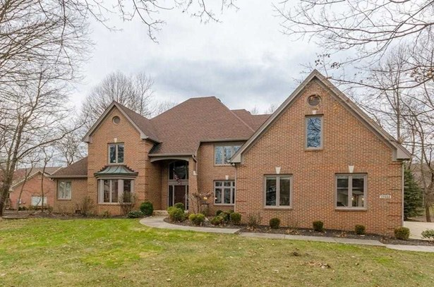 12544 Highlands Place, Fishers, IN - USA (photo 2)