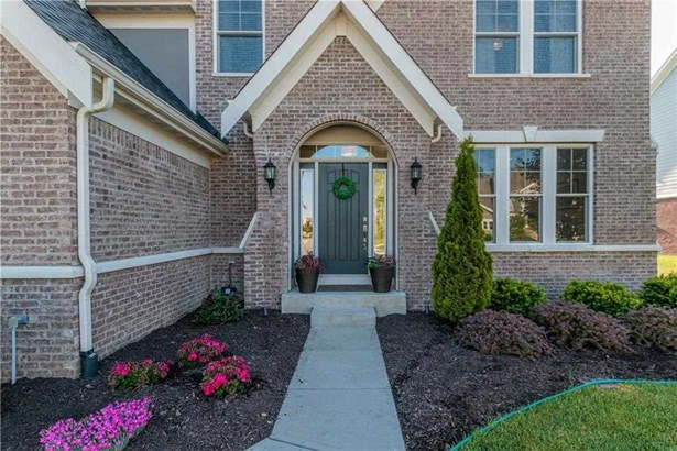 12303 Whispering Breeze Drive, Fishers, IN - USA (photo 2)