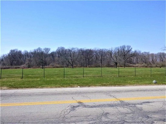4061 N Clarendon Road, Indianapolis, IN - USA (photo 3)