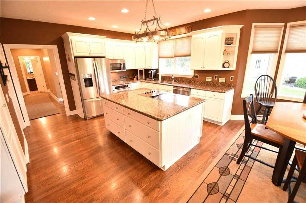 10415 Hastings Court, Fishers, IN - USA (photo 4)