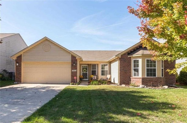 8804 N Fawn Meadow Drive, Mccordsville, IN - USA (photo 1)
