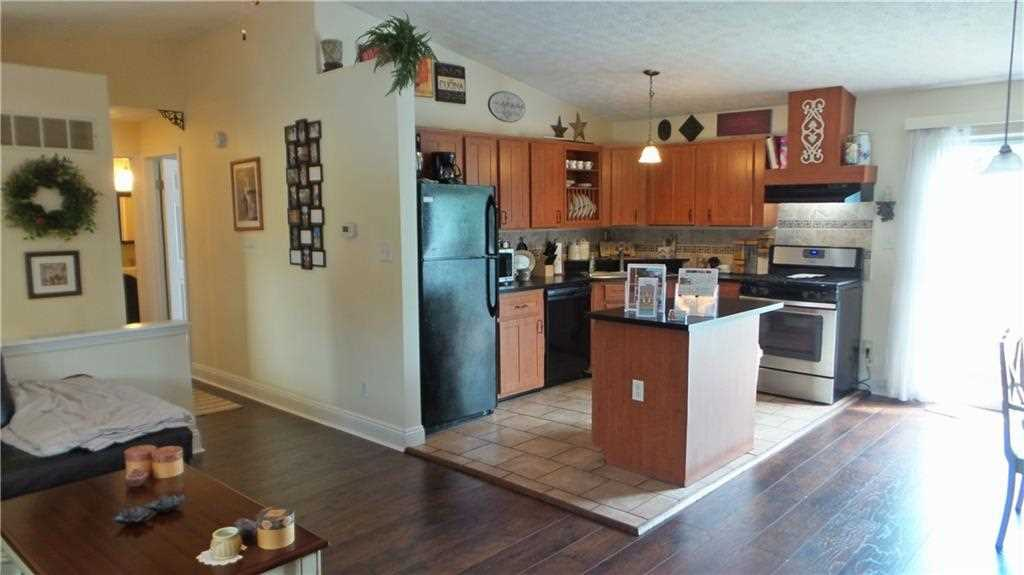 6427 Perry Pines Court, Indianapolis, IN - USA (photo 4)