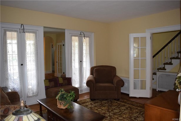 Colonial,Two Story, Single Family - Cold Spring, NY (photo 3)