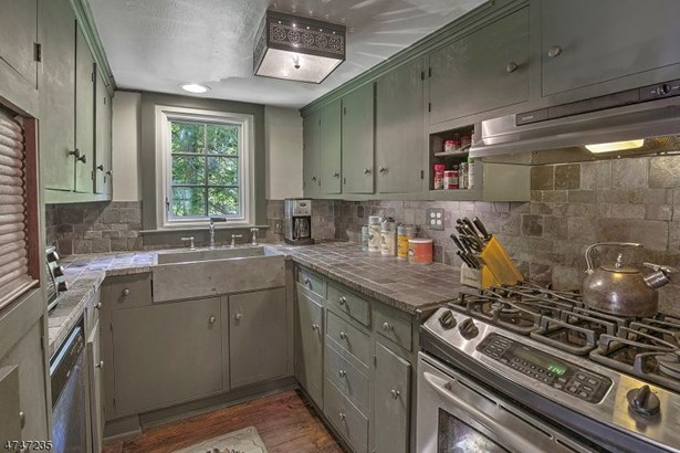 372 Fairmount Rd, Washington Township, NJ - USA (photo 5)
