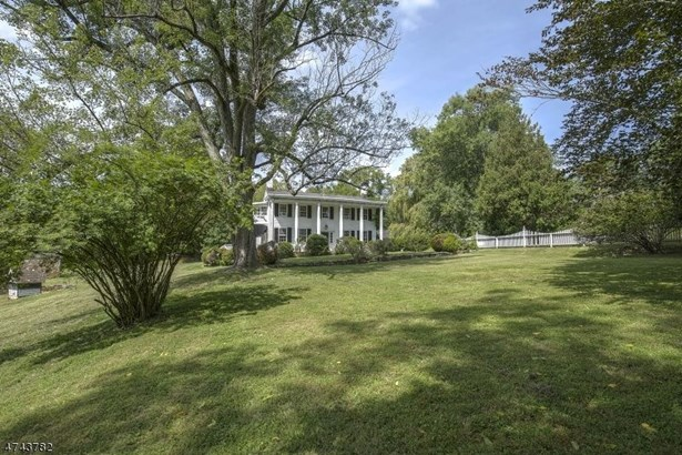 17 Old Chester Rd, Peapack, NJ - USA (photo 1)