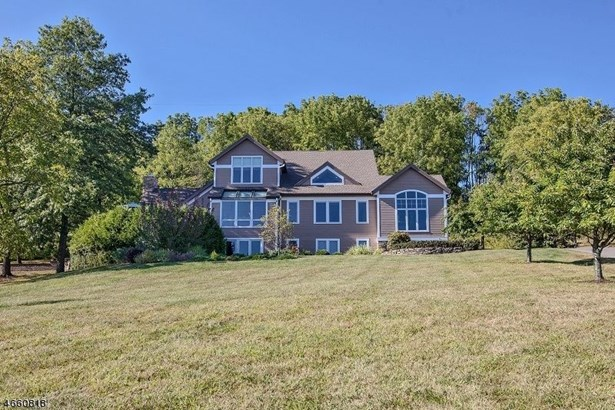 22 Hill And Dale Rd, Tewksbury Township, NJ - USA (photo 1)