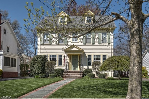 51 Oberlin St, Maplewood, NJ - USA (photo 1)