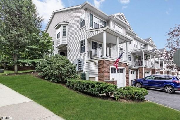 402 Dalton Ct, Denville, NJ - USA (photo 1)