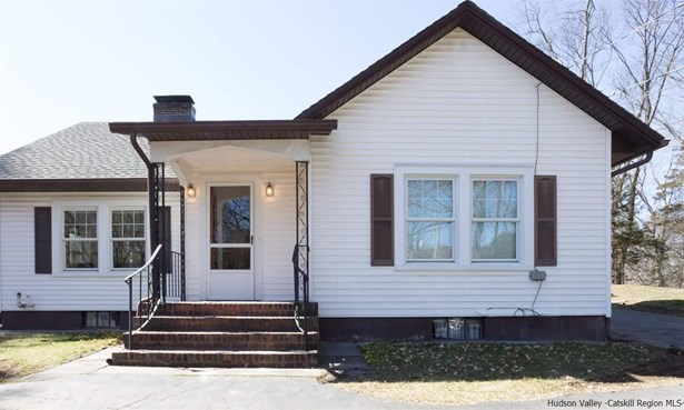 Detached House,House - Ulster Park, NY (photo 1)