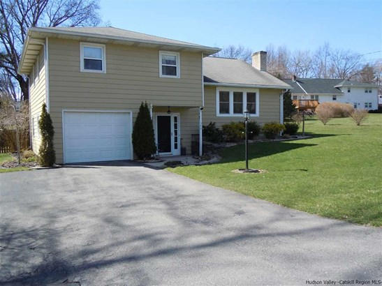 Split Level, Single Family - Hurley, NY (photo 1)
