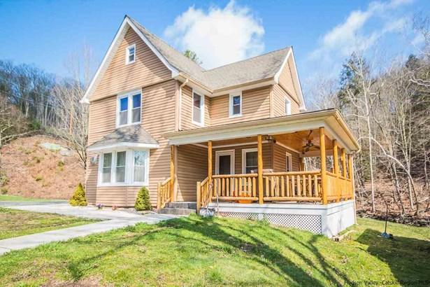 Farm House, Single Family - Ellenville, NY (photo 1)