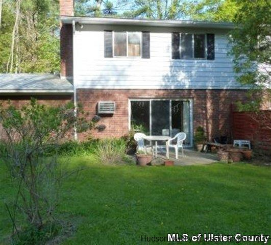 Condominium Unit,Residential Rental - WEST HURLEY, NY (photo 1)