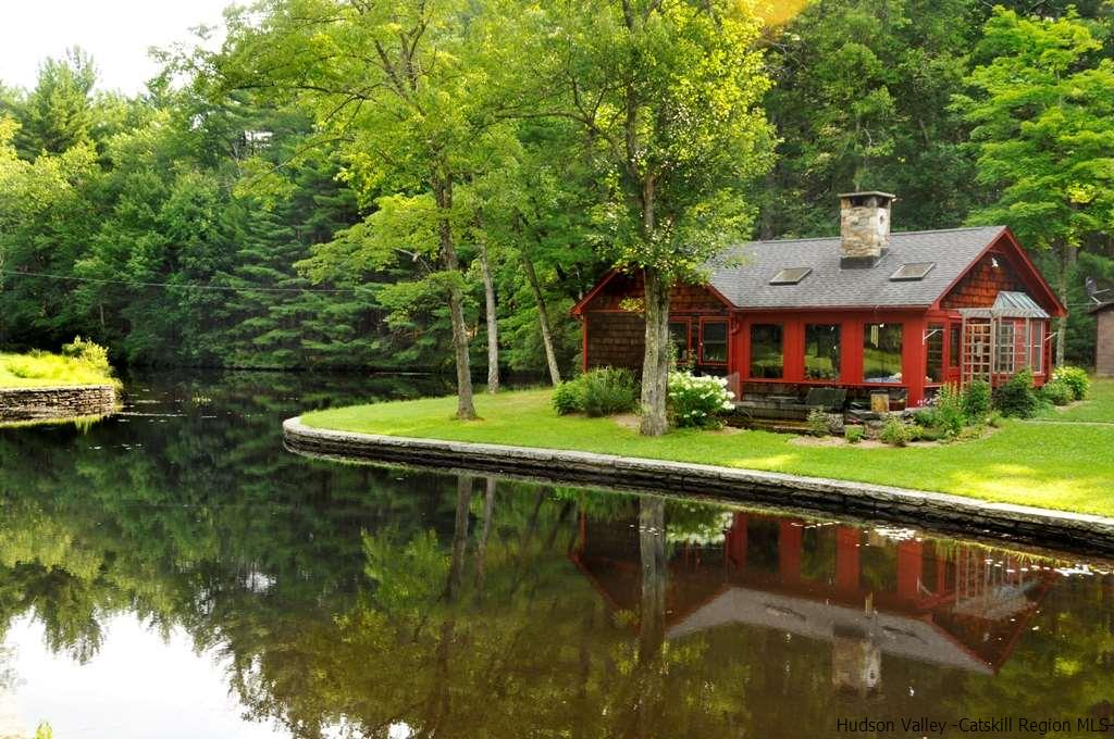 CAPE,CONTEMPO,COTTAGE,RANCH, Multi-Family - Kerhonkson, NY (photo 1)