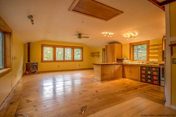 Detached House,Residential Rental - Willow, NY (photo 4)