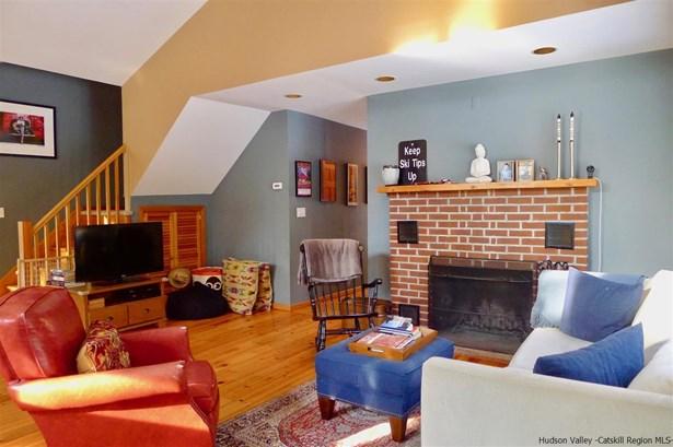 Contempo, Single Family - Accord, NY (photo 5)