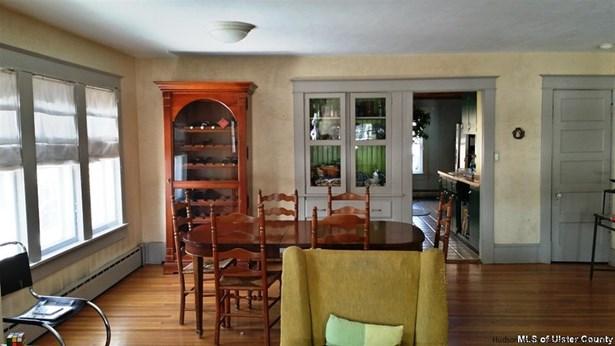 Cottage, Single Family - New Paltz, NY (photo 2)