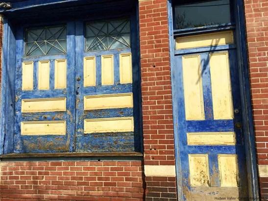 TWO STORY, Multi-Family - Kingston, NY (photo 3)