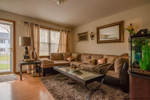 DUPLEX,ONE STORY, Multi-Family - Saugerties, NY (photo 3)