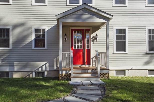 Colonial, Single Family - Accord, NY (photo 4)