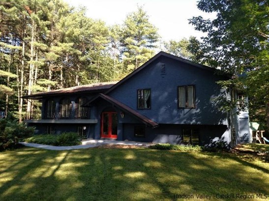 Detached House,Residential Rental - Woodstock, NY (photo 1)