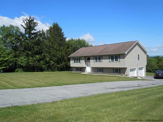 Raised Ranch, Single Family - Marlborough, NY (photo 2)