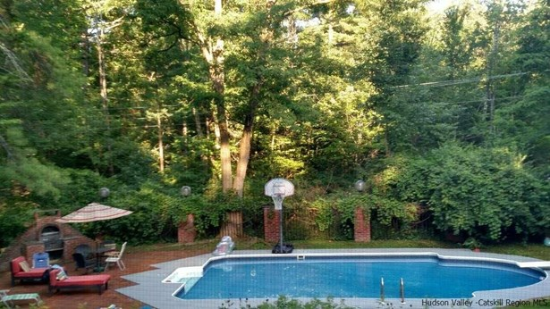 Detached House,Residential Rental - Woodstock, NY (photo 2)