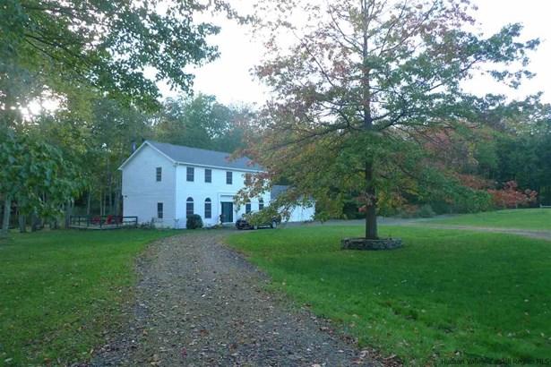Colonial, Single Family - Accord, NY (photo 1)