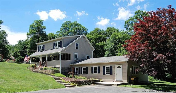 Farm House, 1Family+Access Apt - Stone Ridge, NY (photo 1)
