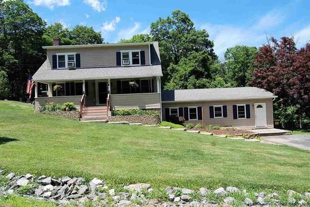 Farm House, 1Family+Access Apt - Stone Ridge, NY (photo 2)
