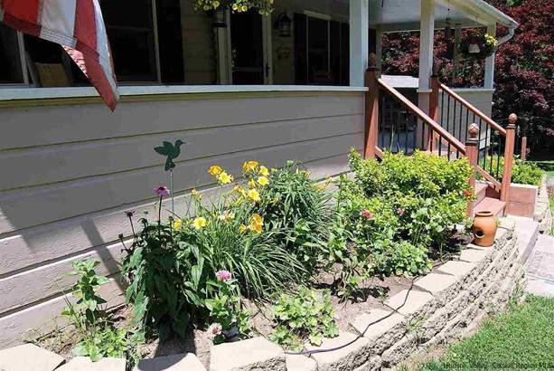Farm House, 1Family+Access Apt - Stone Ridge, NY (photo 4)