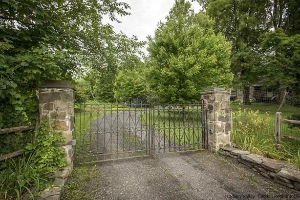Colonial, Single Family - Lyonsville, NY (photo 4)