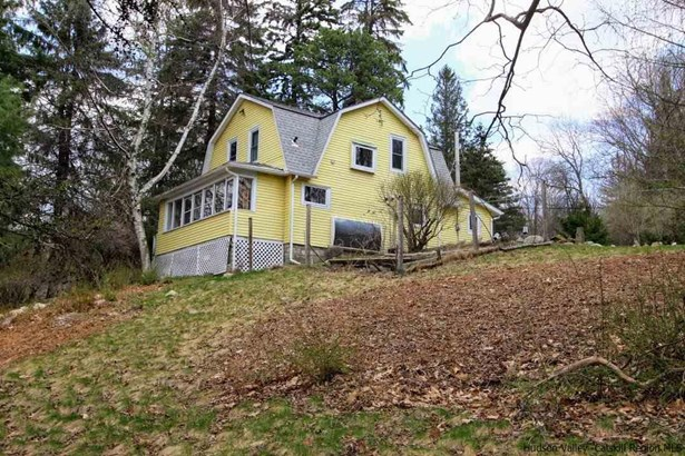 Farm House, Single Family - Cragsmoor, NY (photo 2)