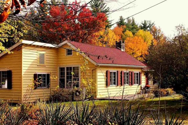Detached House,House - Woodstock, NY (photo 1)