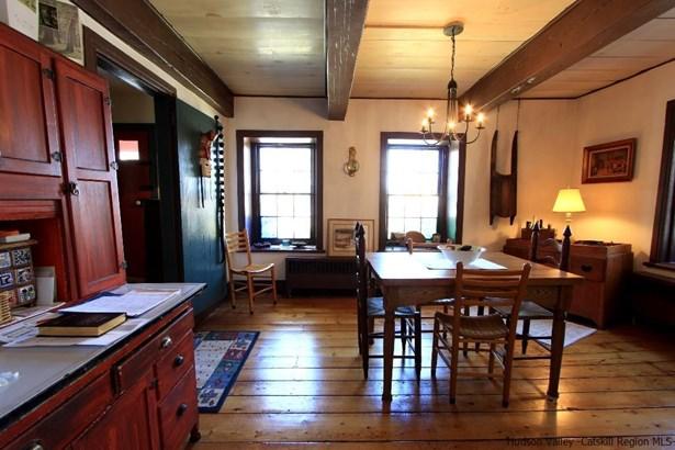 Farm House, Single Family - New Paltz, NY (photo 3)