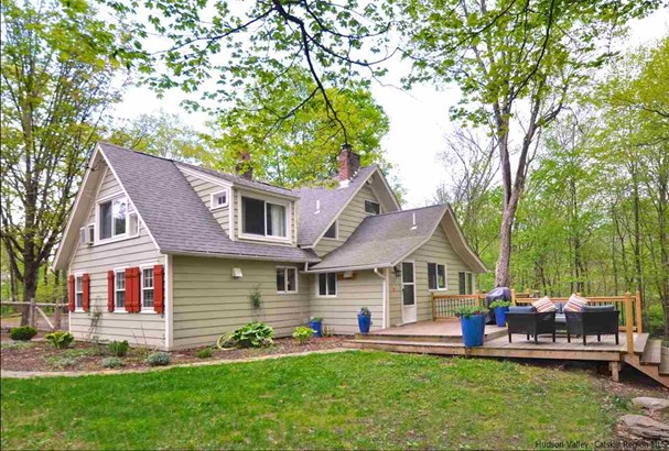 Cottage, Single Family - Woodstock, NY (photo 2)