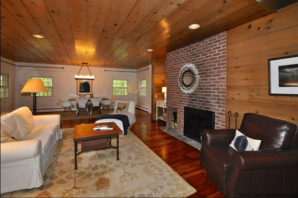 Cottage, Single Family - Woodstock, NY (photo 3)