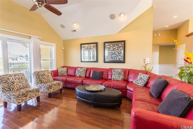 Single Family - Detached, Reverse Floor Plan - Nags Head, NC (photo 2)