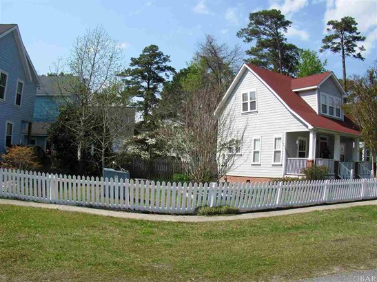 Single Family - Detached, Traditional - Manteo, NC (photo 2)