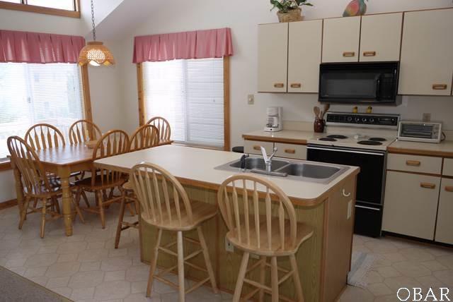 Townhouse/Duplex/Attached, Reverse Floor Plan - Corolla, NC (photo 5)