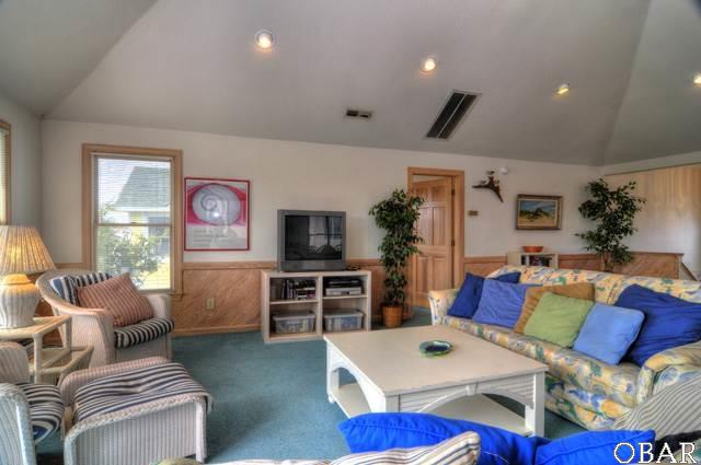 Single Family - Detached, Reverse Floor Plan - Corolla, NC (photo 2)