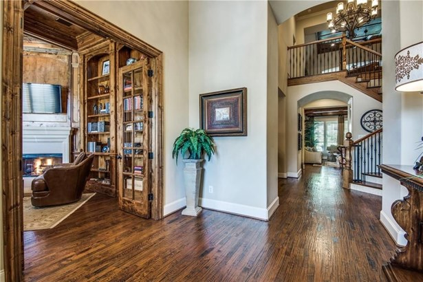 643 Lake Point Drive, Irving, TX - USA (photo 4)