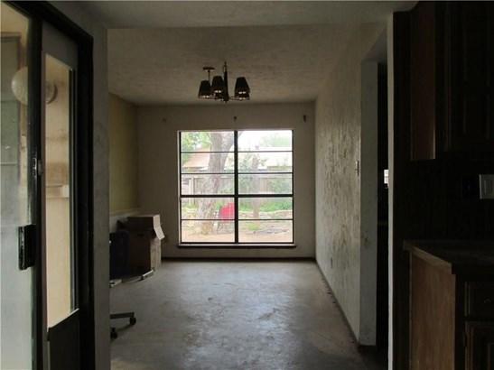 4107 Foxmoor Court, Arlington, TX - USA (photo 4)