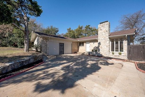 1017 Highland Oaks Drive, Dallas, TX - USA (photo 4)