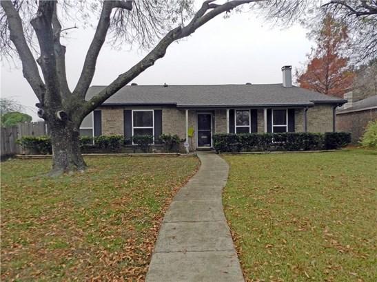 5613 Edgemere Circle, Garland, TX - USA (photo 1)