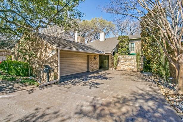 6235 Twin Oaks Circle, Dallas, TX - USA (photo 1)