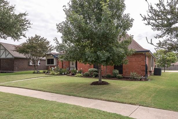 3710 Drakestone Avenue, Rowlett, TX - USA (photo 3)
